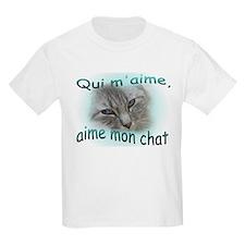 Qui m'aime, aime mon chat T-Shirt
