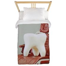 Giant tooth sitting on dentist's chair Twin Duvet