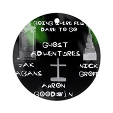Going Ghost Adventures  Curtain Round Ornament