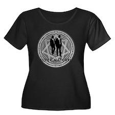 Supernat Women's Plus Size Dark Scoop Neck T-Shirt