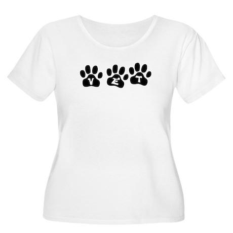 Vet Paw Prints Women's Plus Size Scoop Neck T-Shir