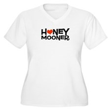 Honeymooner with Heart Womens Plus Size V-Neck Tee