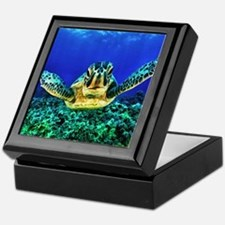 aquatic sea turtle Keepsake Box