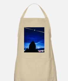 Timelapse image of a total solar eclipse Apron