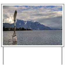 Giant fork in Vevey Yard Sign