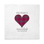 Heart-MacCulloch.MacCullough Queen Duvet