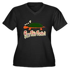 Fear This Turtle !? Women's Plus Size V-Neck Dark
