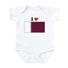 I love Qatar Flag Infant Bodysuit