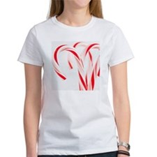 Red and white candy canes, studio  Tee