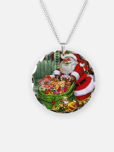 sc_queen_duvet_2 Necklace Circle Charm