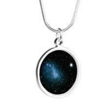 Optical image of the Small M Silver Round Necklace