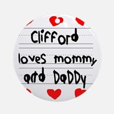 Clifford Loves Mommy and Daddy Round Ornament