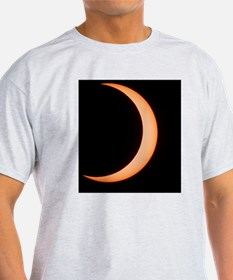 Partial phase of an annular eclipse  T-Shirt