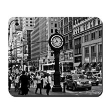 Fifth Ave - New York City Mousepad