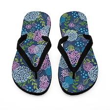 LayerFlowers_Blue_Large Flip Flops