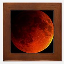 Total lunar eclipse Framed Tile