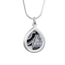 0562-clarinet Silver Teardrop Necklace