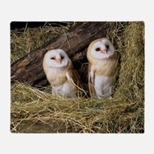 Barn owls Throw Blanket