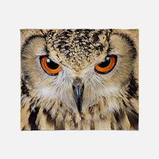 Bengalese eagle owl Throw Blanket