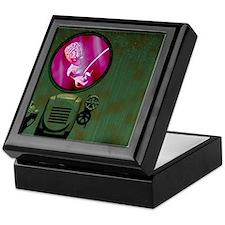 Alien foetus Keepsake Box