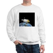 Apollo spacecraft orbiting Earth, artwo Sweatshirt