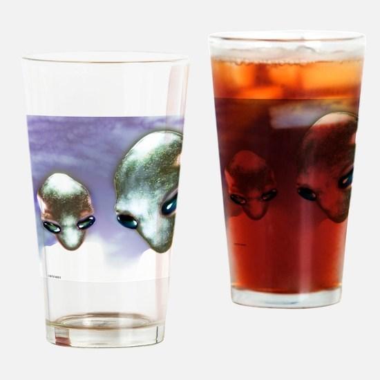 Alien heads Drinking Glass