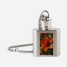 ipod 4 flowers Flask Necklace