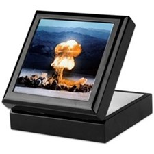 Atomic bomb explosion Keepsake Box