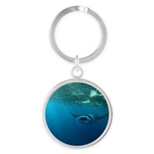 Manta Ray Swims in the water Round Keychain