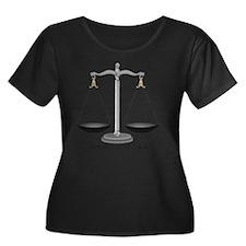 Wright a Women's Plus Size Dark Scoop Neck T-Shirt