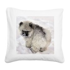 Newt in snow Square Canvas Pillow