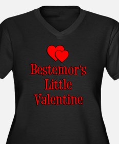 Bestemors Li Women's Plus Size Dark V-Neck T-Shirt