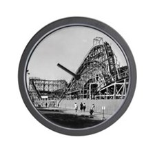 Coney Island Cyclone Roller Coaster 182 Wall Clock