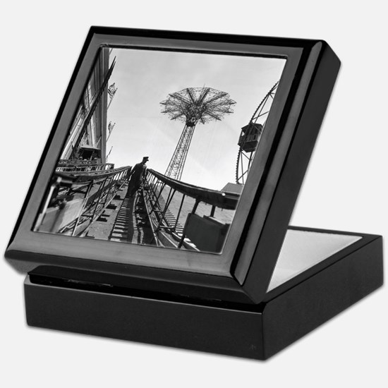 Coney Island Roller Coaster 1826597 Keepsake Box