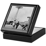 Coney island Square Keepsake Boxes