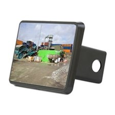 Glass crushing Hitch Cover