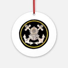 3-Bolt Dive Helmet and Anchors Round Ornament