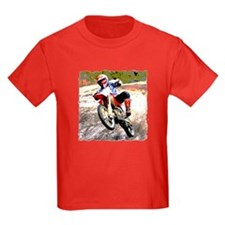 Dirt bike wheeling in mud T