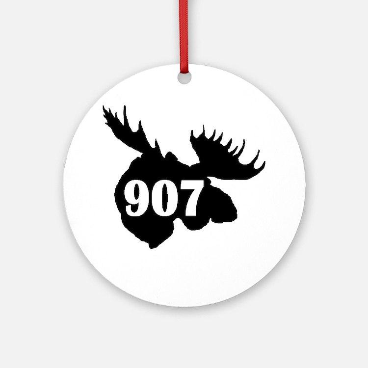 907 Moose Head Round Ornament