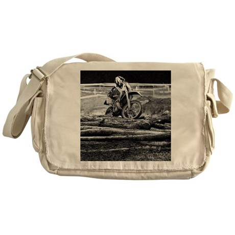108199636 Messenger Bag