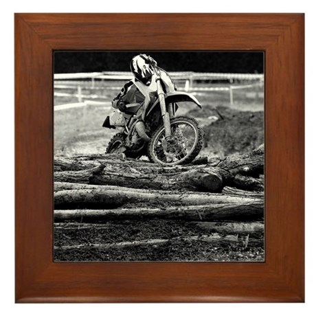 108199636 Framed Tile
