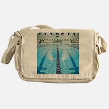 200286923-001 Messenger Bag