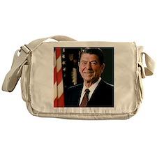 reagan30 Messenger Bag