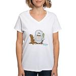 Eskimo Penguin Women's V-Neck T-Shirt