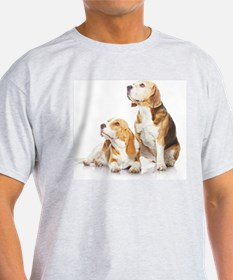 Two beagle dogs isolated on white ba T-Shirt