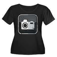 Kamera-S Women's Plus Size Dark Scoop Neck T-Shirt
