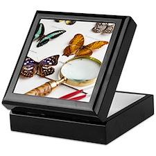 Unique Magnifying glass Keepsake Box