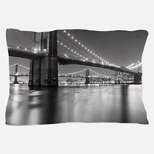 Brooklyn Bridge and Manhattan Bridge a Pillow Case
