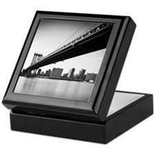 Manhattan Bridge and skyline, New Yor Keepsake Box