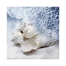 Seashells washed ashore Queen Duvet